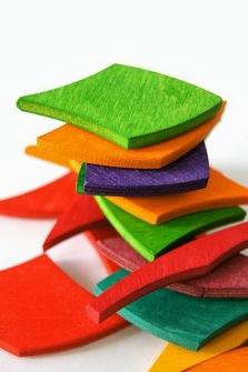 juegos-infantiles-colores-piezas-`madera